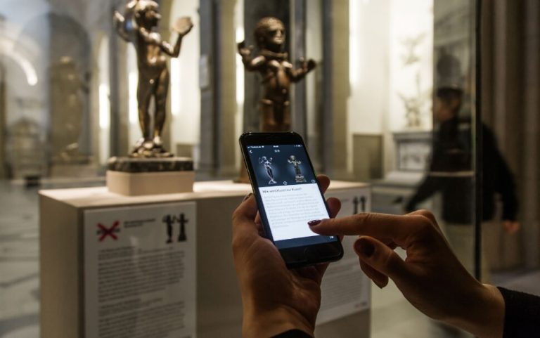 How the Potsdam-based company D-LABS helps visitors find their way around the Bode Museum
